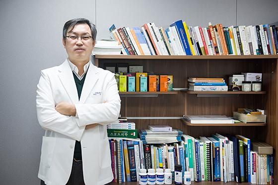 """""""먹는 것만 바꿔도 질병 대부분 치료...영양의학 중요한 이유"""""""